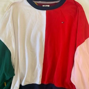 Tommy Hilfiger Crewneck LIKE NEW CONDITION